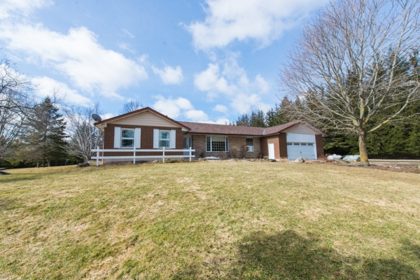 393128 County Rd 12, Amaranth