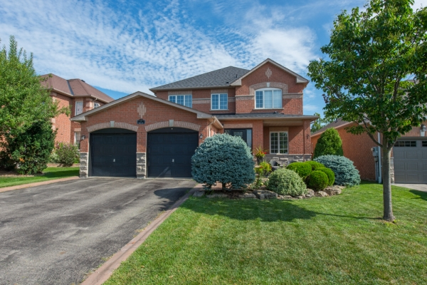 7 Robinson Rd, Georgetown Ontario
