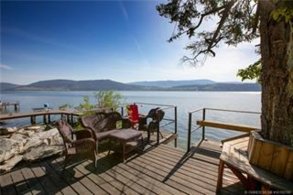 #8 4401 Westside Road N, Kelowna British Columbia