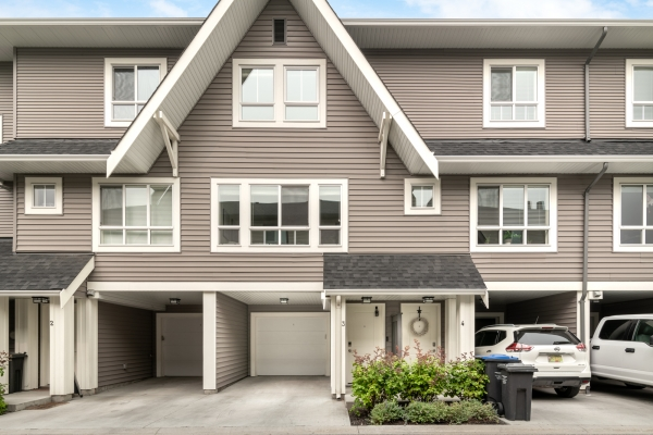 #3 680 Old Meadows Road, Kelowna British Columbia