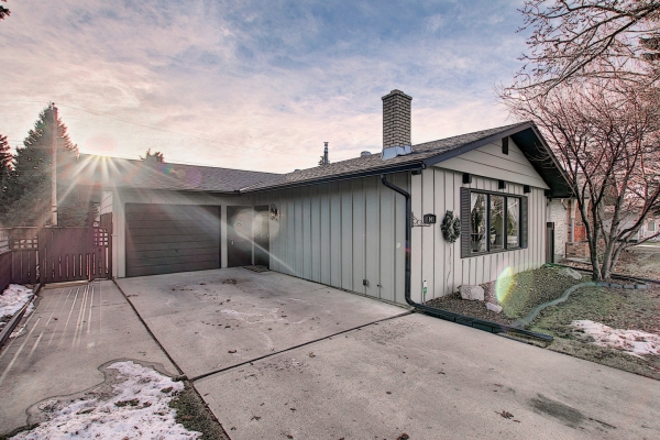 84 Lake Emerald Road SE, Calgary Alberta